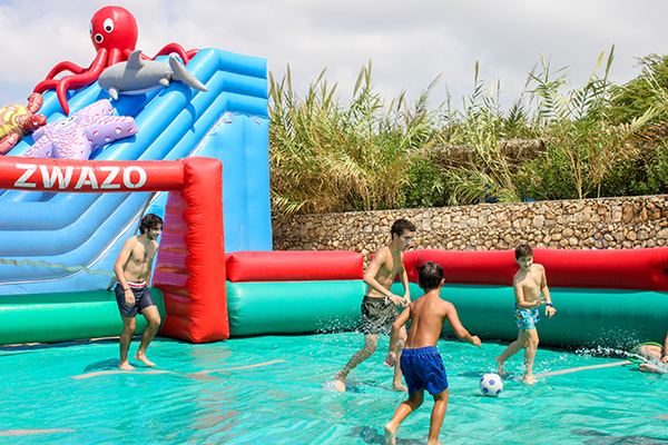Inflatable GAmes (7)